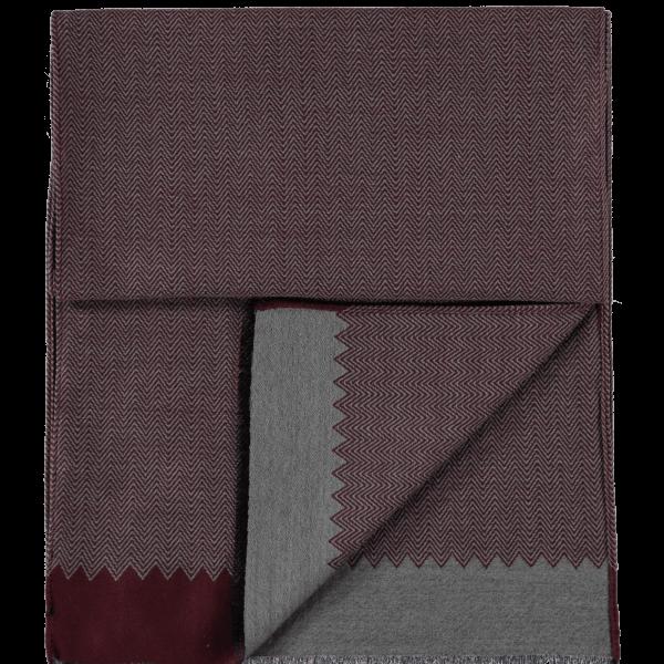 wool-scarf-herringbone-grey-burgundy-detail