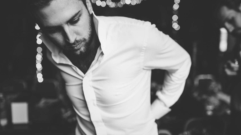 bespoke-tailored-wardrobe