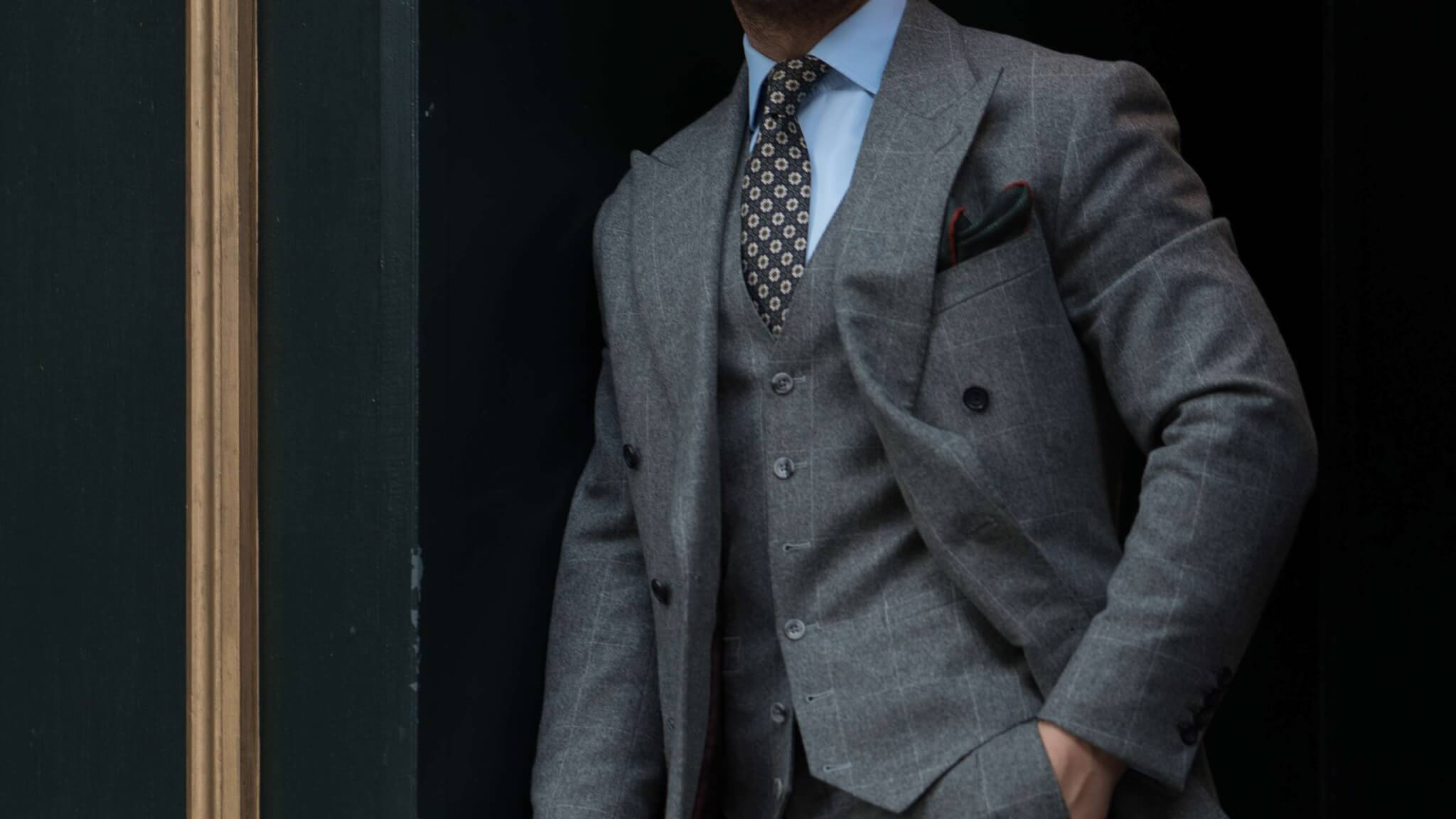 bespoke-flannel-suit
